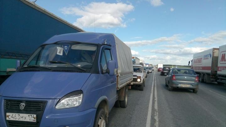 Ищите объезд: на трёх участках трассы М-5 автомобилисты встали в пробки