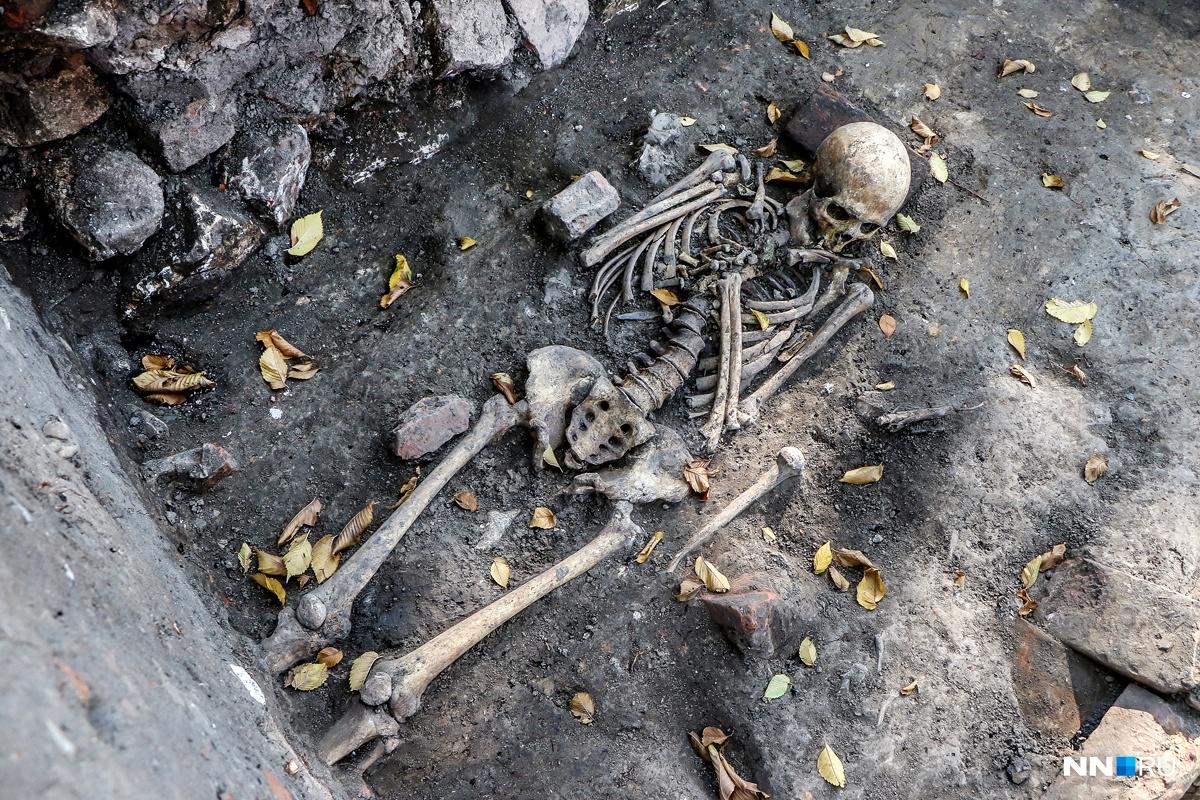 Забытое кладбище обнаружили археологи в Нижегородском кремле