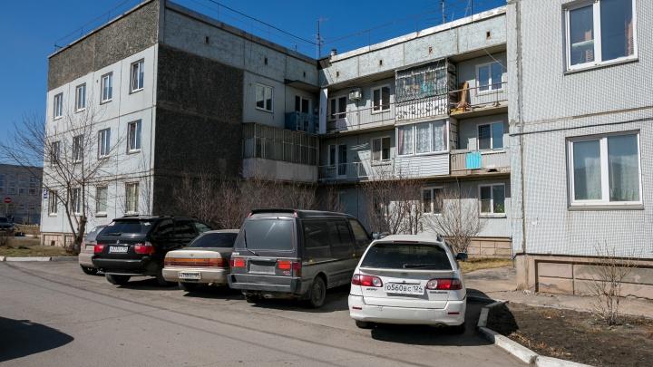 Квартиры вместо яслей: осматриваем жилой дом, который должен был стать детсадом