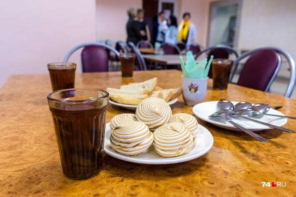 В школах Челябинска есть разные форматы питания