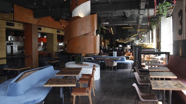 На улице Ленина откроется огромный ресторан с тройным вертелом и крутящейся печью