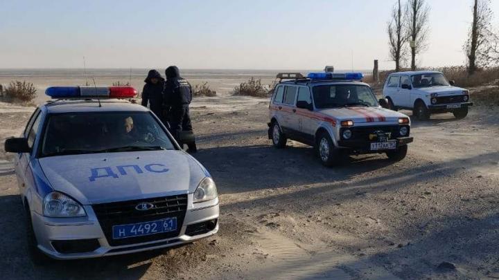 В Ростовской области оштрафуют водителей, устроивших гонки по дну Таганрогского залива
