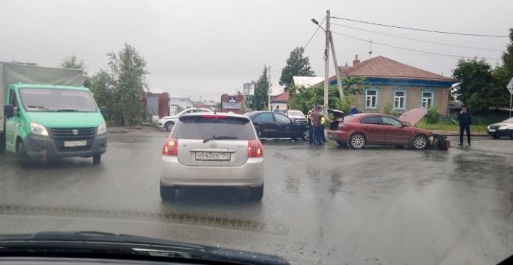 На опасном перекрёстке у самой новой улицы Новосибирска поставят светофор