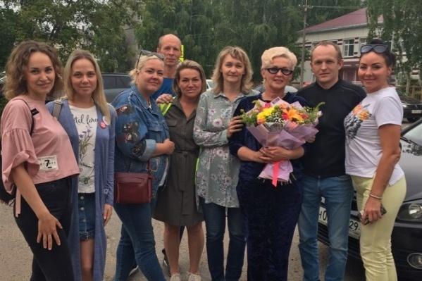 Анну встретили в Котласе другие активисты