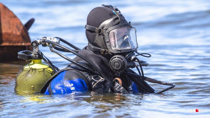Сызранские спасатели в затоне Волги нашли мертвым мужчину в нижнем белье