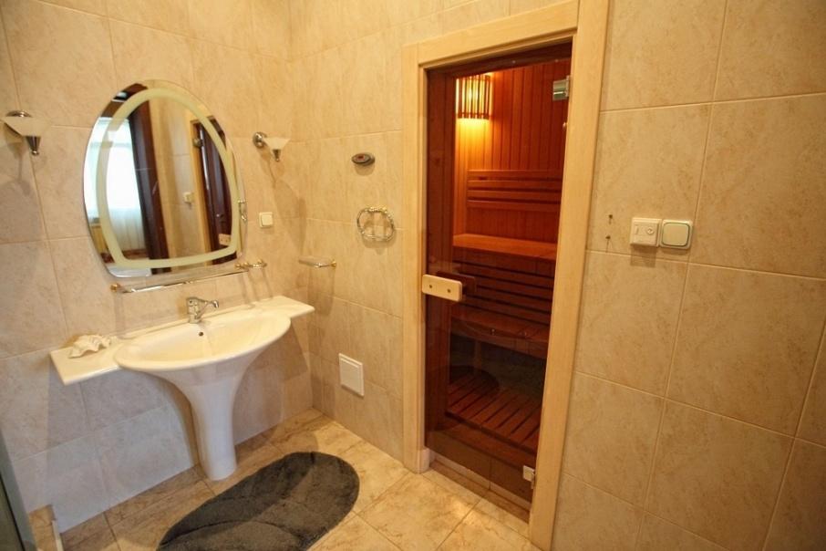 Средняя цена квартиры с сауной в Челябинске составляет 7,25 миллиона рублей