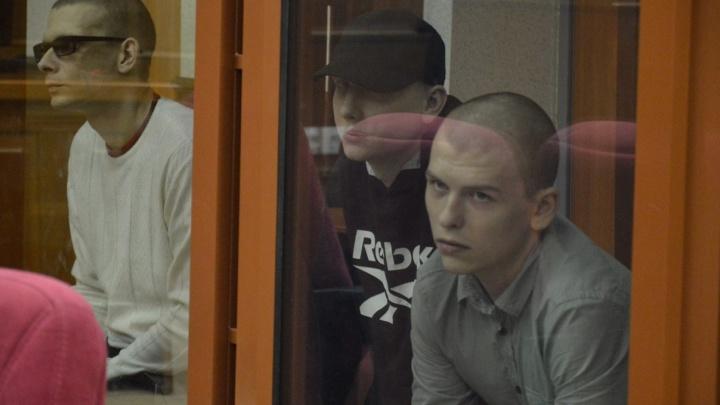 Трём парням из Первоуральска, которые убили 57-летнего сторожа и сожгли его мастерскую, дали по 16 лет
