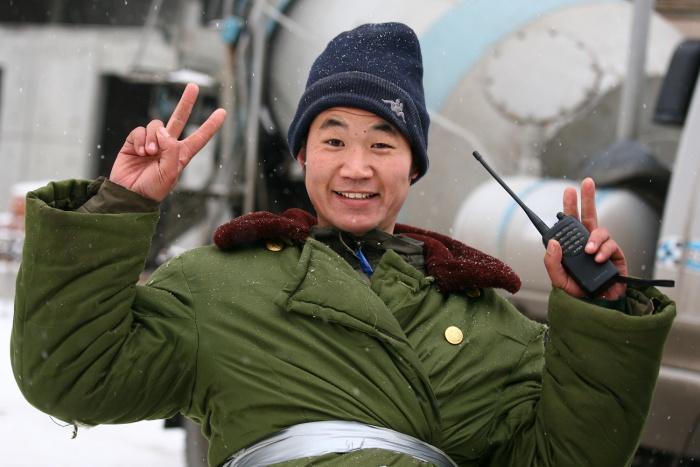 Сибиряки помогали мигрантам устроиться в Новосибирске —им оформляли поддельные трудовые договоры