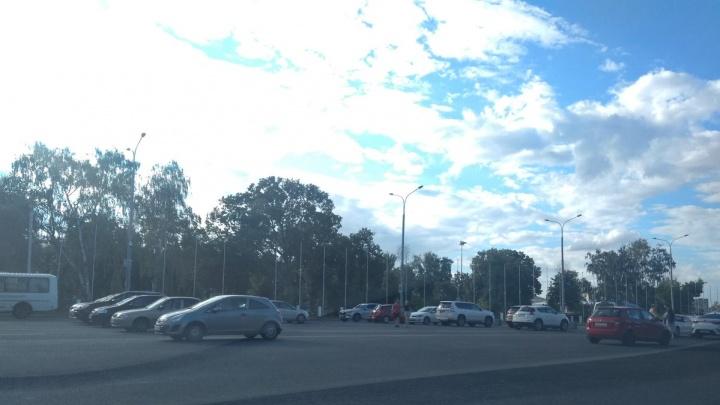 В Самаре открыли парковку на площади Куйбышева
