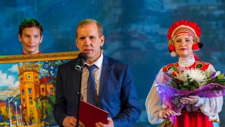 Главу района, задержанного за взятку в Магнитогорске, отправили под домашний арест
