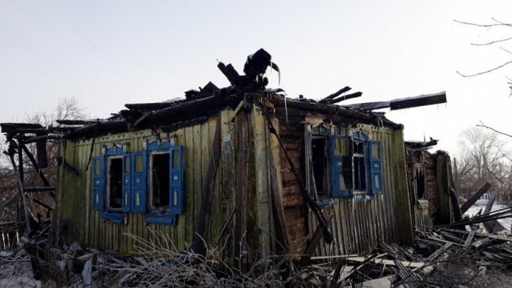 В Башкирии пожар оставил семью без крыши над головой