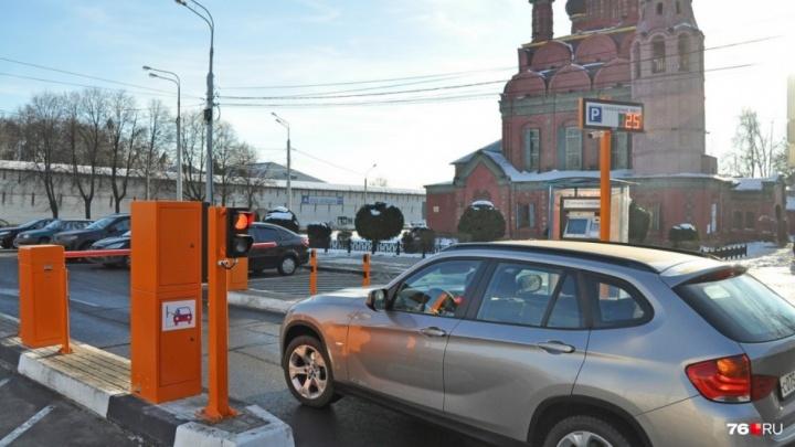 Заплатят даже те, кто ставит машину у дома: как будут работать платные парковки в Ярославле