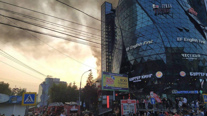 В центре Новосибирска сгорел ресторан PuppenHaus