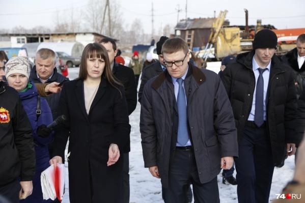 Глава Коркинского района Наталья Лощинина сопровождала врио губернатора на свалке