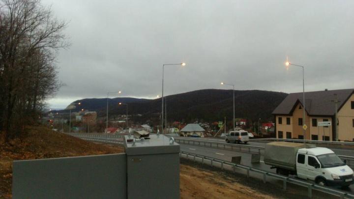 На Красноглинском шоссе протестировали освещение