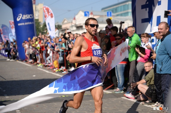 Юрий Чечун уже четыре раза приходил первым на марафоне «Европа — Азия». Интересно, что будет в этом году?
