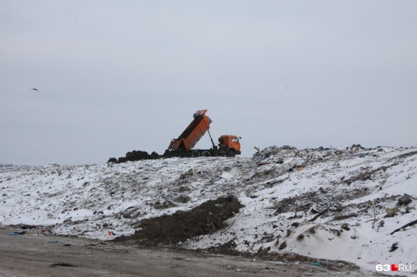 Полигон «Преображенка» расположен в Волжском районе, но мусор сюда привозят и из Самары
