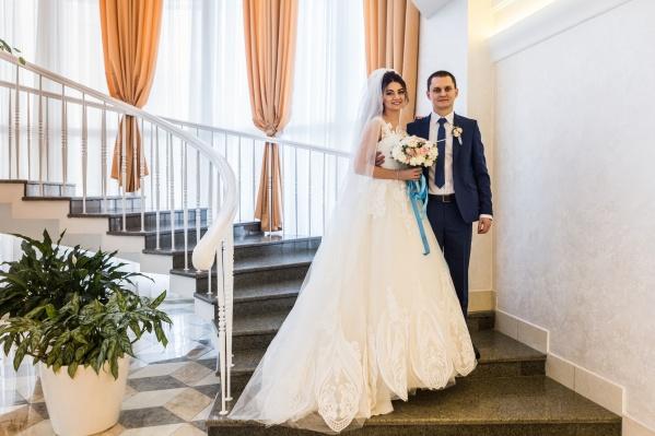 Анастасия и Денис встретили друг друга в студенческом общежитии