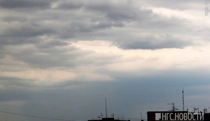 На Красноярск надвигаются ливни с грозами и ветром до 25 м/с