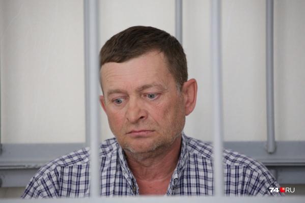 В суде Азат Зарипов выглядел предельно подавленным