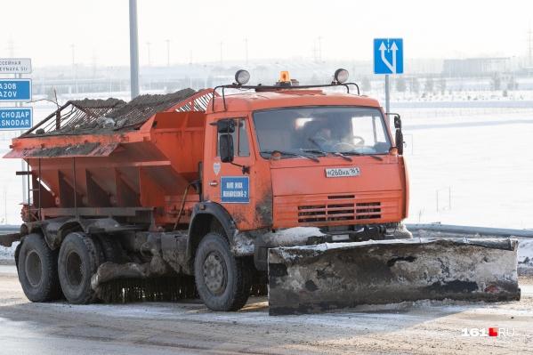 Администрации районов вместе с Комитетом по охране окружающей среды согласовали 26 мест для вывоза убранного снега