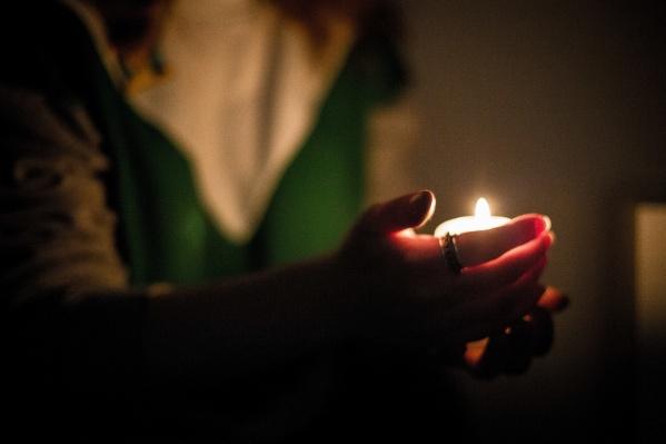 Жители посёлка больше трёх часов сидят без электричества