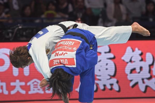 Наталья Кузютина дошла до финала, но уступила золото 19-летней японкеУте Абэ