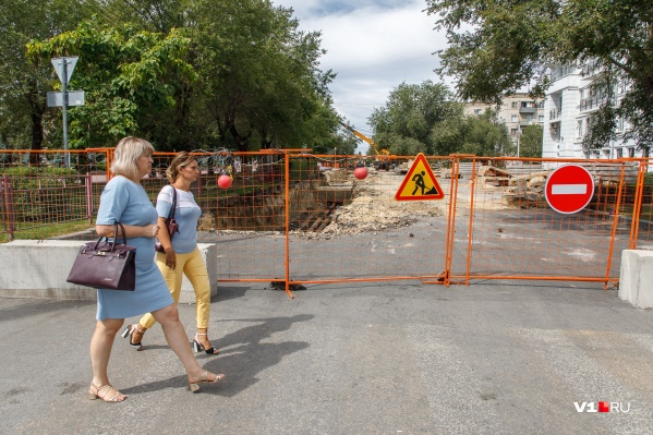 В конце августа «кирпич» украсил улицу Огарёва