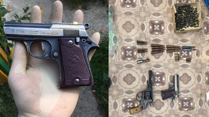 За хранение арсенала оружия житель Жигулевска получил условный срок