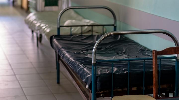 Пенсионерку, которая скинула девочку с балкона на Мехзаводе, доставили в больницу при СИЗО