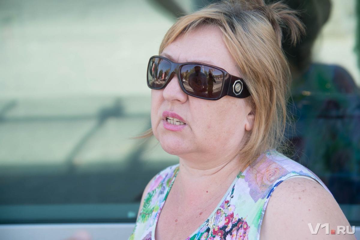 Елена Владимирова: одни надрывают здоровье на работе, а другие работают депутатами. Но на пенсию они выйдут вместе