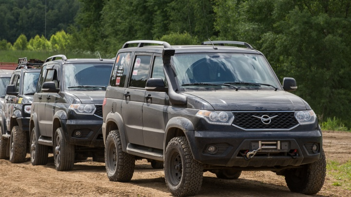 20 внедорожников и 10 седанов: для «мобильных учителей» в Прикамье закупят новые автомобили