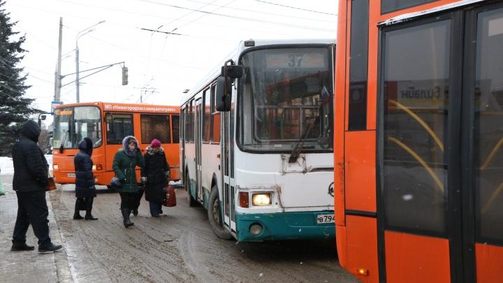 Нижегородский транспорт отправили на две буквы: мэрия вводит новую нумерацию автобусов