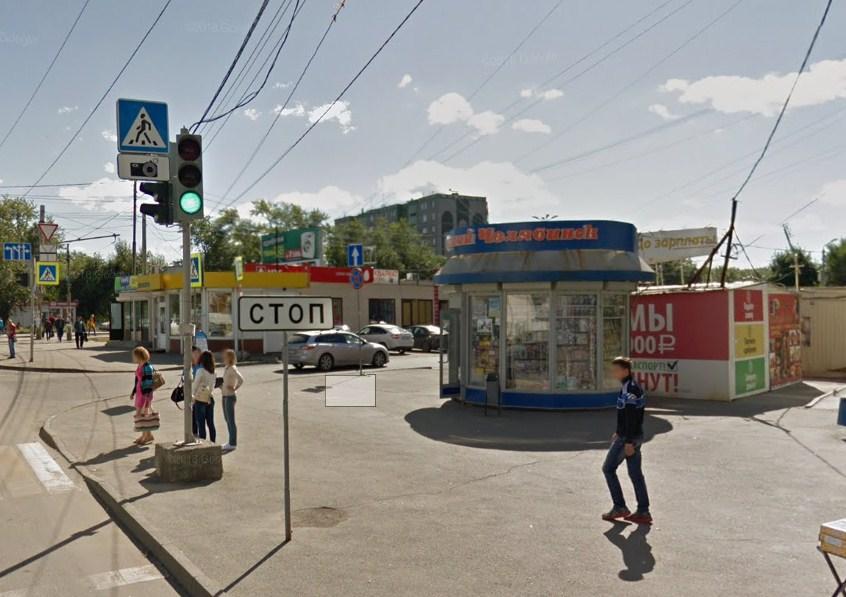 Банда устроила разбой в одном из киосков на улице Сталеваров