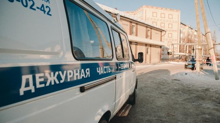 Квартирант из Волгограда похитил с карты тюменки восемь тысяч рублей на билет до дома