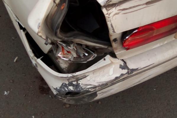 Так выглядит одна из разбитых машин — Toyota Vista