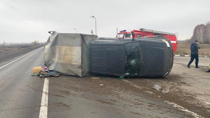 В Самарской области из-за пенсионера-нарушителя перевернулся грузовой «Патриот»