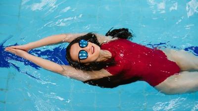 Поплыли? Сравниваем цены в 10 бассейнах Тюмени и выбираем лучший (в двух картинках)