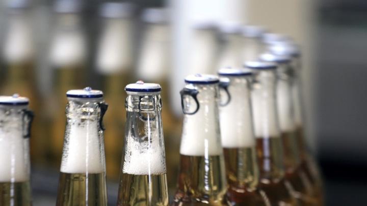 «Это социальный прессинг». В России хотят продавать алкоголь с 21 года. Вот чем это закончится