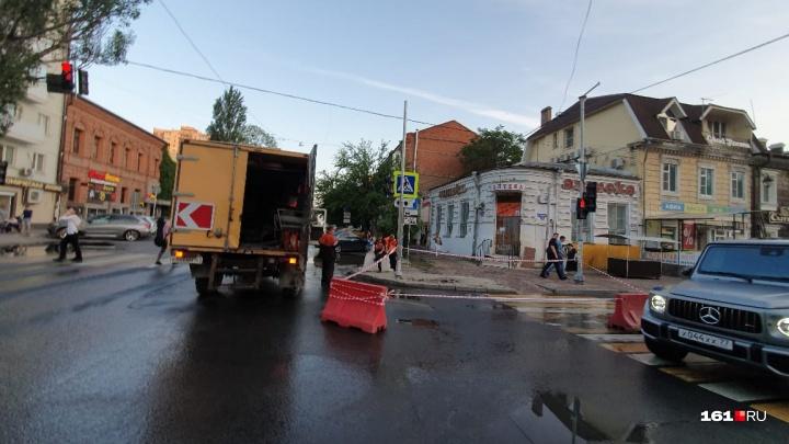 Пушкинская превратилась в Венецию: в центре Ростова произошла коммунальная авария