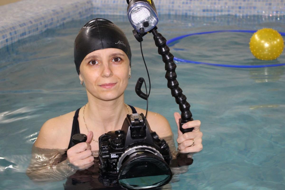На технику для подводной съемки мать из Екатеринбурга халтурила год