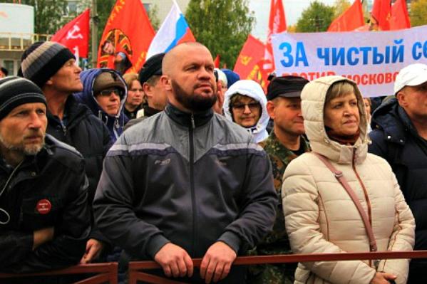 За участие в митинге и шествии Виктор Чекрыгин по решению суда должен заплатить 30 тысяч рублей