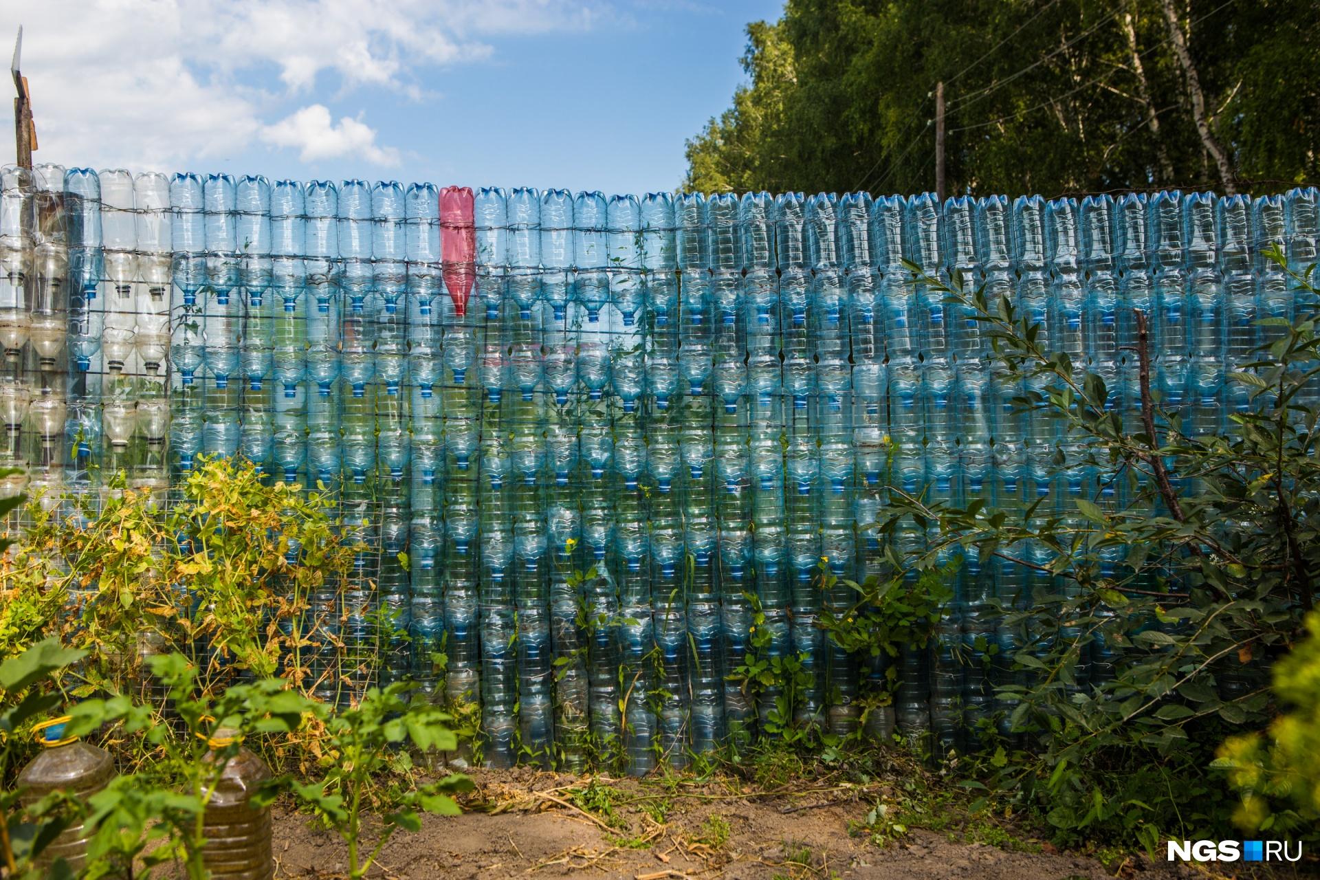 Для заборостроения не каждая бутылка подойдёт!