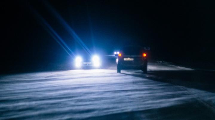 Трассу из Казахстана в Омск закрыли из-за метели