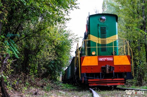 Во время строительства железной дороги тяжелая техника разбила полотно автотрасс