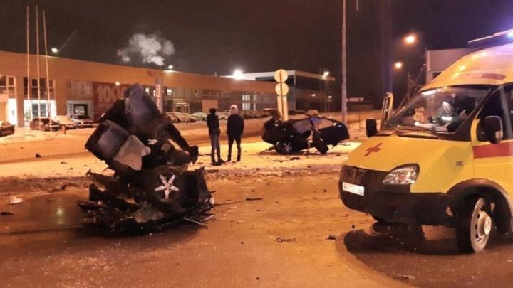 В Перми суд арестовал водителя Mercedes на 15 суток. Он скрылся с места ДТП в Камской долине