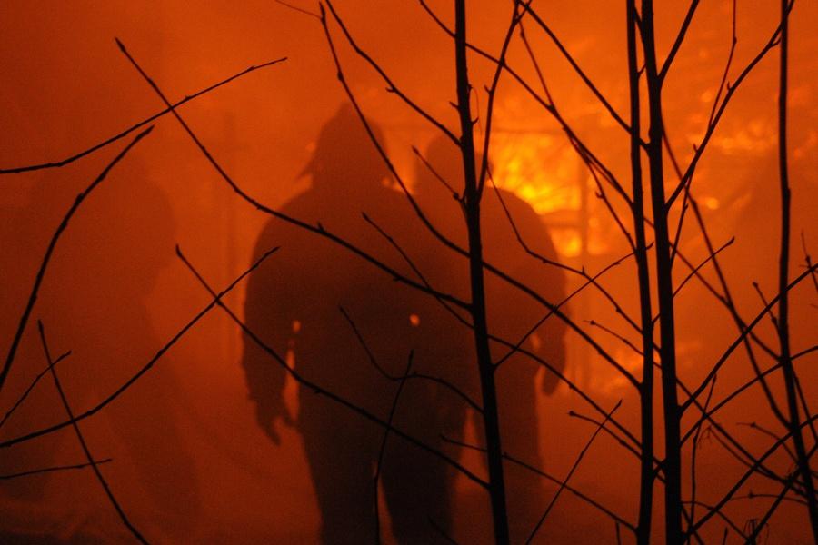 Впожаре отвзрыва газового баллона под Новосибирском погибла девочка
