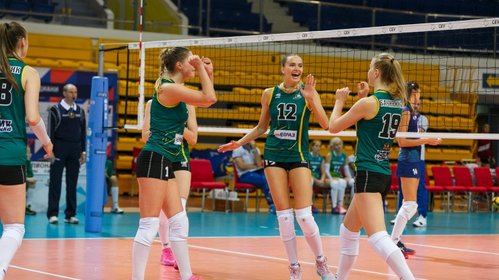 Волейболистки «Уралочки» в первом выездном матче сезона обыграли действующего чемпиона «Динамо»