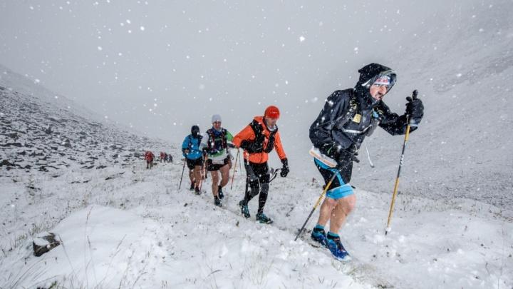 «Сколько это в Раевичах?»: новосибирец четыре дня бегал по горам в Италии