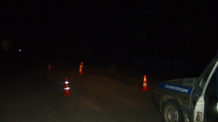 Пьяный водитель насмерть сбил женщину на переходе, скрылся и спрятал машину
